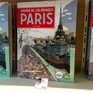 The City of Paris has a stand with Paris and Velib' souvenirs: bags, trays, mugs, coloring books at the Foire de Paris