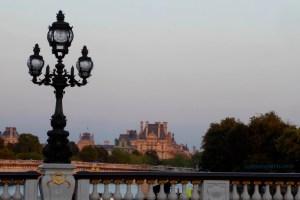 Pont Alexandre III toward Pont de la Concorde and the Louvre's Denon Wing (Portes des Lions)
