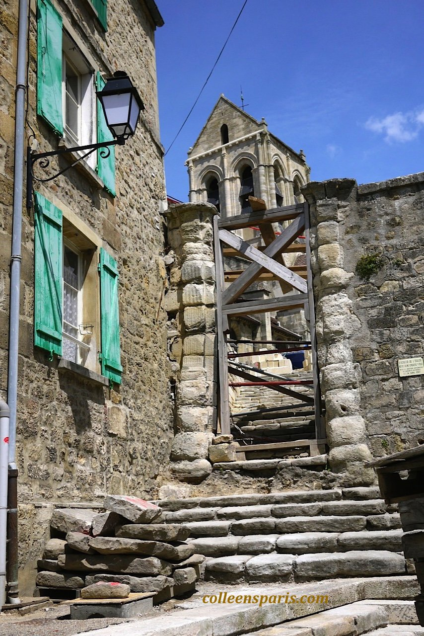 X0025 Auvers steps church