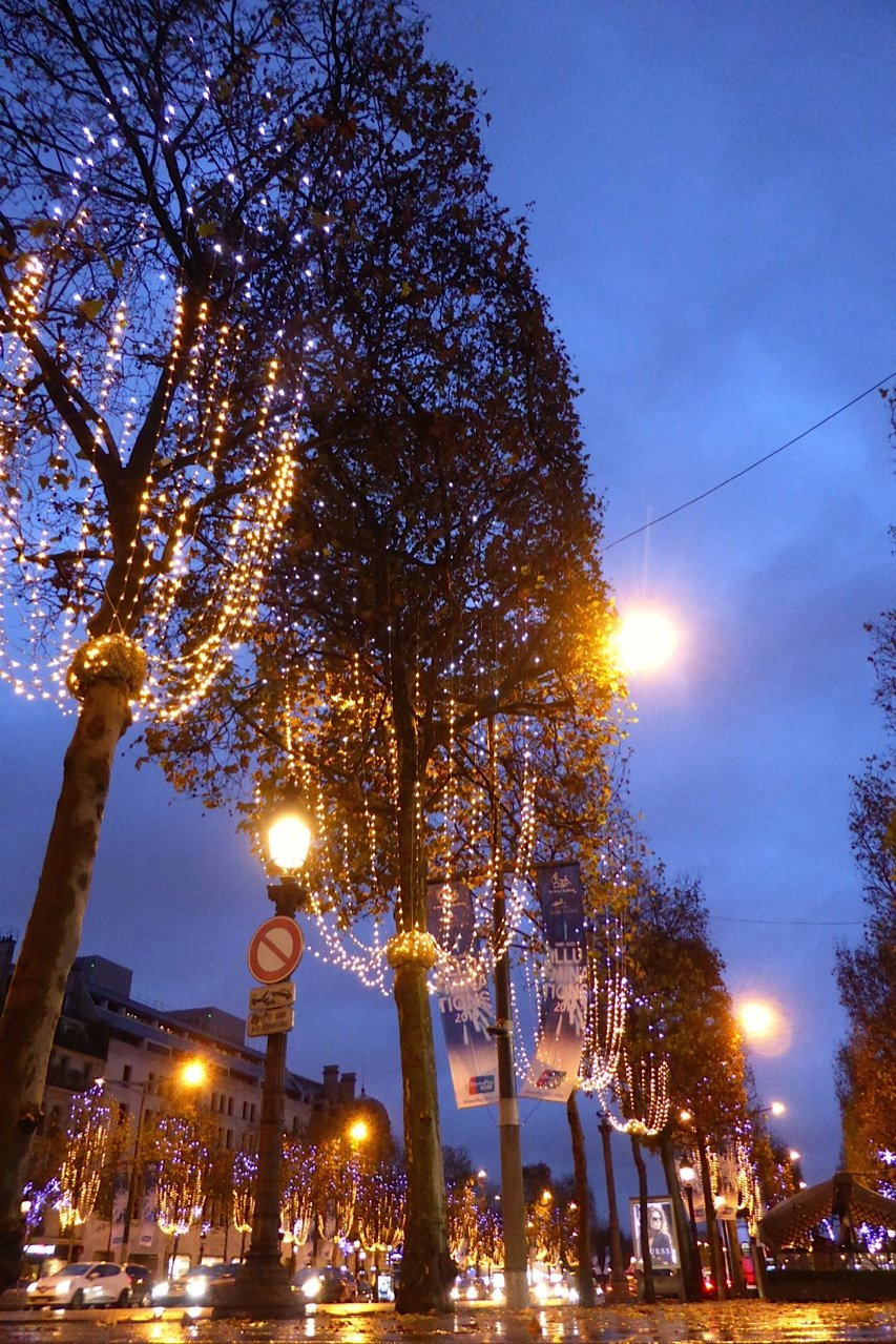 Christmas Champs Elysees Illuminations 826