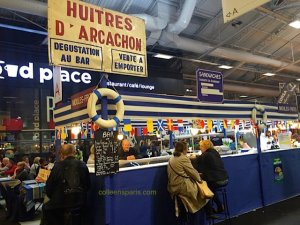 Huitres d'Arachon stand at Foire de Paris special 6 oysters and glass of wine