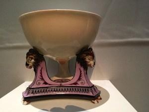 Bowl in the form of Marie-Antoinette's breast, Jean-Jacques Lagrenée le Jeune, manufacture de Sèvres, 1788, Carambolages RMN Grand Palais, Paris
