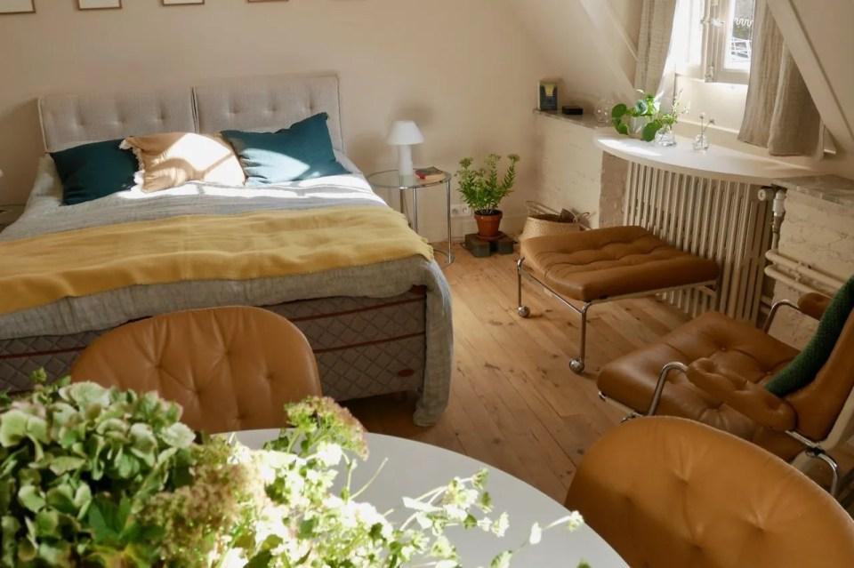 "View of ""One chambre à soi"""