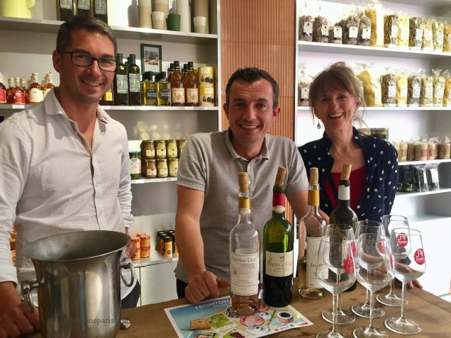 Colleen of Colleen's Paris enjoying the wine moment with Benjamin Piccolo (left) and Triporteur (Telematin) personality, Loïc Ballet (center)