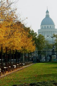 Autumn leaves and the Pantheon Luxembourg Gardens