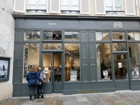 Exterior of photo agency Roger-Viollet Galerie 6 rue de Seine Paris