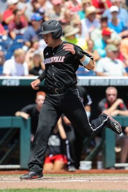 2017 College World Series: Texas A&M Aggies vs Louisville Cardinals.
