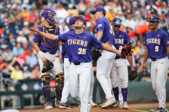 2017 College World Series: LSU defeats Oregon State 3-1 (Photo by Steve Cheng).