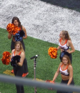 Syracuse cheerleaders had much to cheer about during teh first half though their team trailed 33-27.