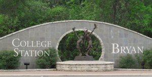 Collegestation_UJmH6rGv-Uq9Eqf_cMhypA