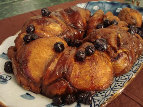 blueberry stuffed monkey bread