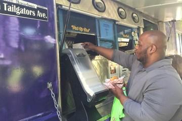 Cajun Tailgators food truck