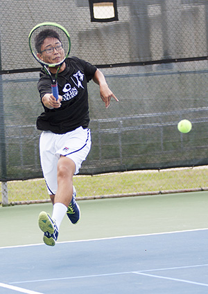 Akinora Wada plays against Seminole State College, March 17.