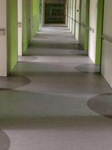 Centro de Salud con Pavimento Vinílico (PVC)