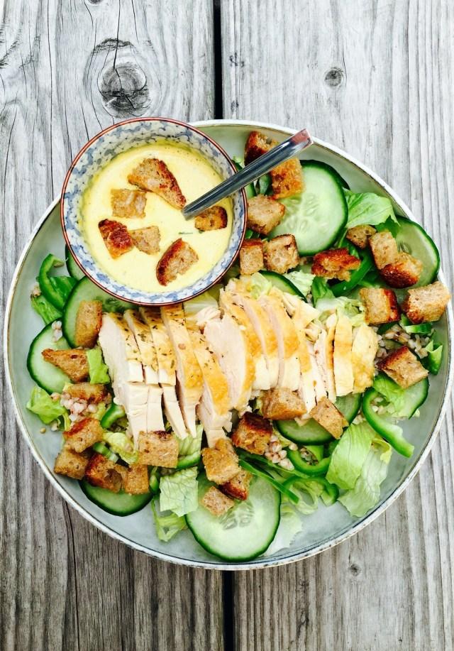 salade César, concombres frais