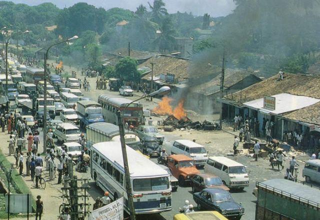 ColomboburningBlackJuly1983