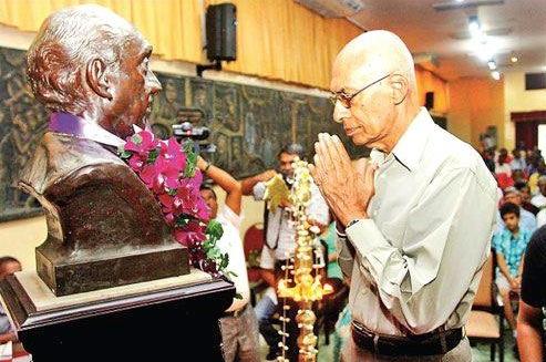 Ravi Jayewardene \ File photo