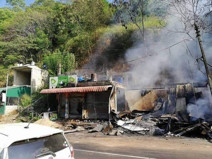 Anti-Muslim Assaults In Teldeniya: Kandy Under Curfew, Police On