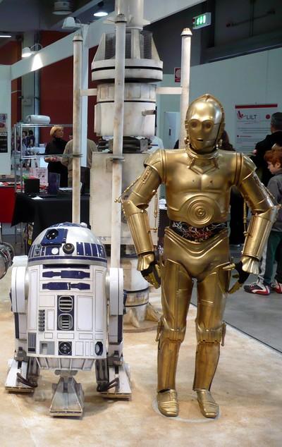 Risultati immagini per immagini dei robot di guerre stellari