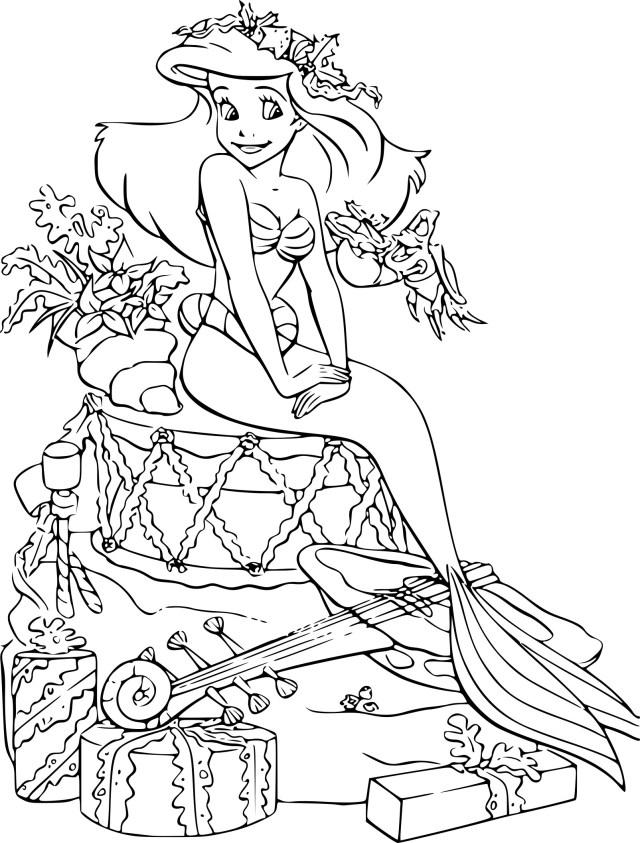 Coloriage la Petite Sirène Noel à imprimer