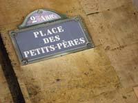 La place des Petits Pères à  Paris