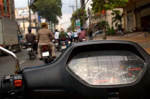 Sur mon vélomoteur, Ho Chi Minh, Vietnam
