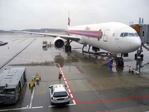 L'avion pour Bangkok