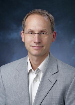 Headshot of Paul Romatschke
