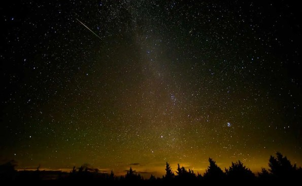 Perseid Meteor Shower (Photo - NASA on The Commons, flickr).