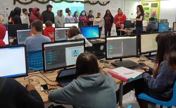 students working oncomputers