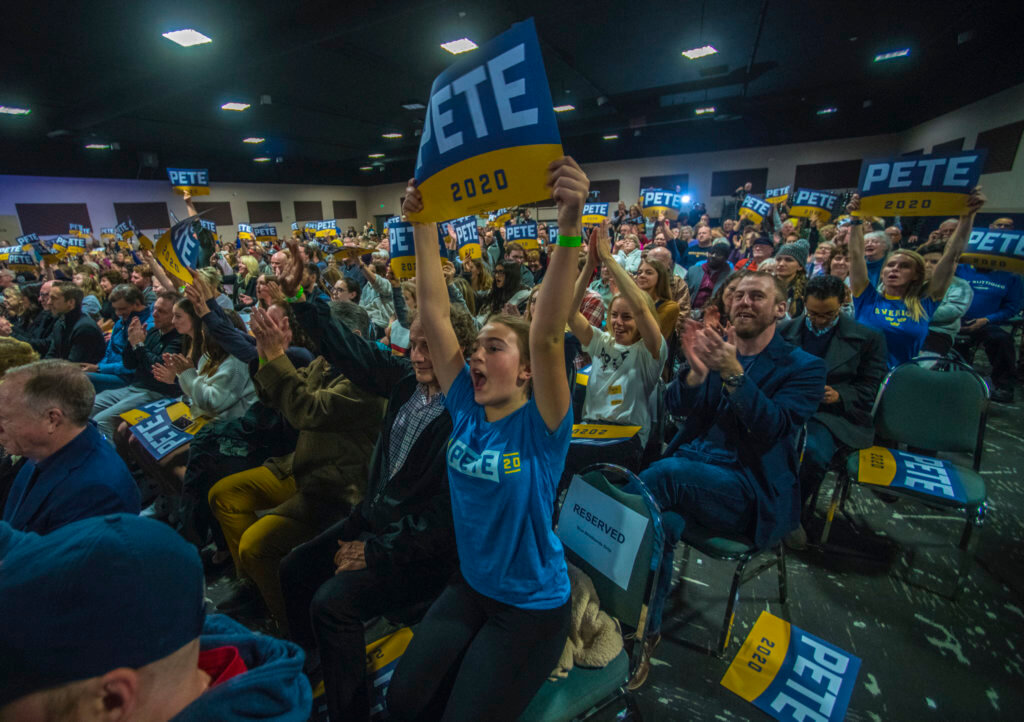 Hundreds gather at the Crowne Plaza Convention Center late Saturday night to see Democratic presidential candidate and former South Bend, Indiana, Mayor Pete Buttigieg speaks.