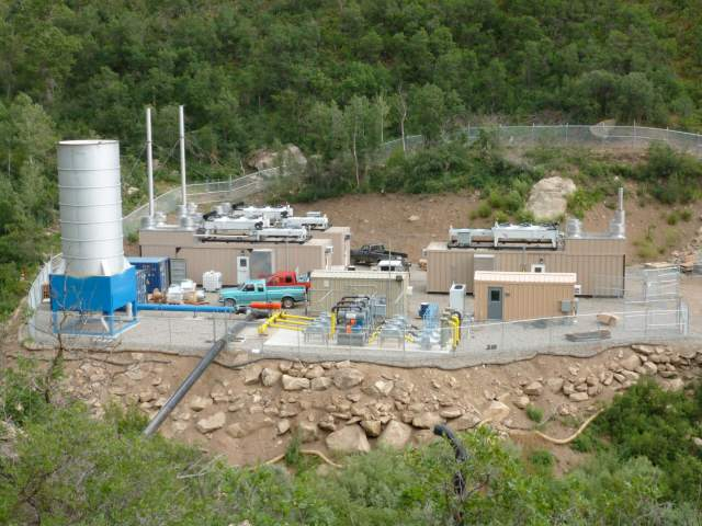 Electricity generation operation at Oxbow Mining's Elk Creek Mine. Aside from methane capture, Elk Creek is currently idle. Photo credit: Vessels Coal Gas