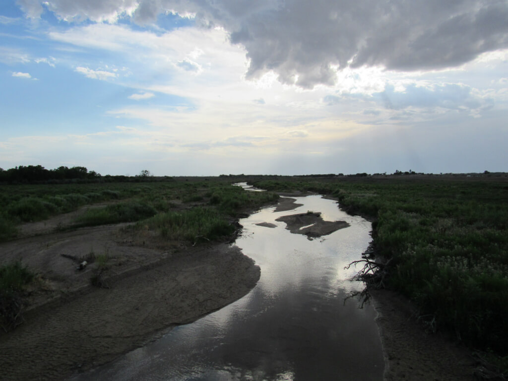 Arkansas River below Lake Cheraw in July 2018. Many of Colorado's rivers and streams are intermittent and ephemeral, making their classification under the Clean Water Act difficult. (Photo credit: Jerd Smith, Fresh Water News)