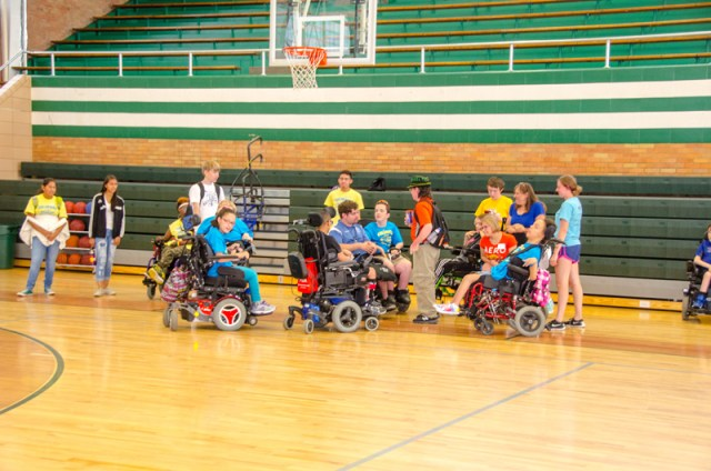 2017-coloradojuniorwheelchairsportscamp-15