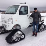 2010 Snowbound Suzuki Carry with MATTRACKS!