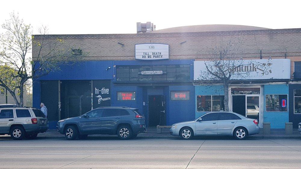 hi-dive nightclub