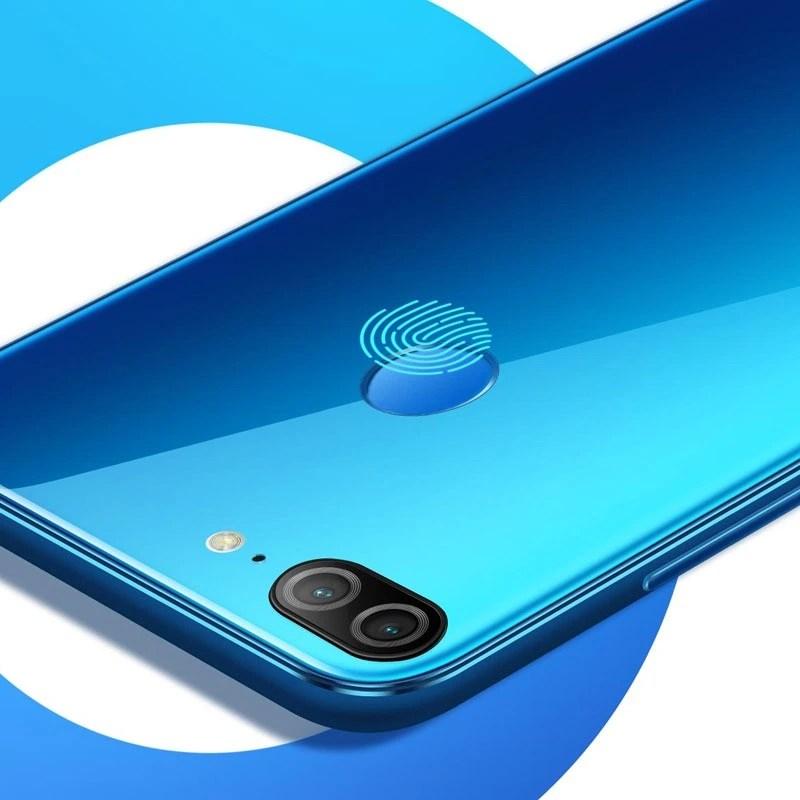 Honor 9 Lite Camera and Fingerprint Scanner