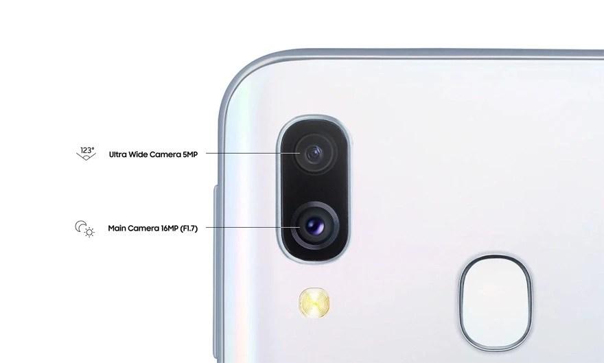 Galaxy-A40-Dual-Cameras