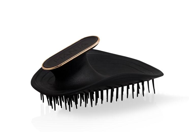 The manta hair brush black