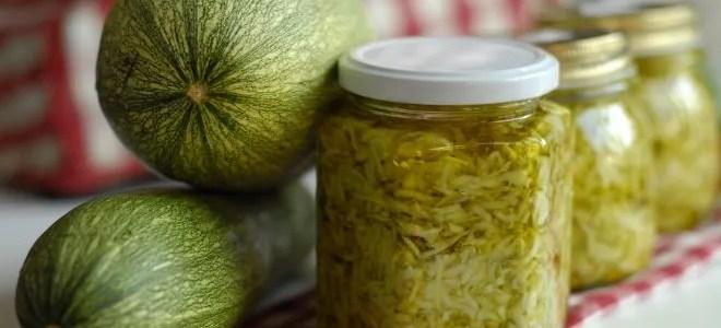 La ricetta delle zucchine sott'olio. Una facile e gustosa conserva fai da te