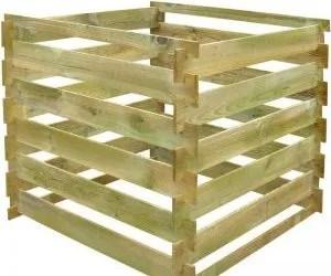 Come fare compostaggio con una compostiera in legno
