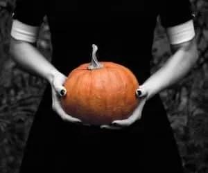 origini di halloween-nero e arancio