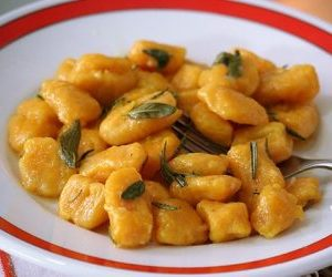 Proprietà della zucca-Ricette degli gnocchi di zucca nel piatto