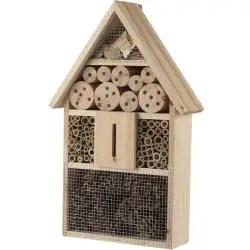 Casette per gli insetti utili di un orto biologico