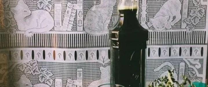Liquore alla canapa
