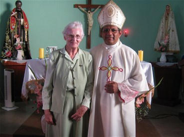 Mons. Hector thanked Bridie very sincerely and expressed his appreciation all she had done for the Church in San Martin