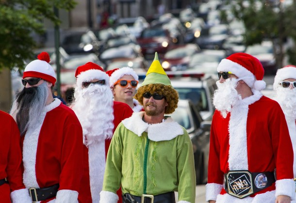 santa elf bar crawl