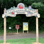 Visit these Story Trails in Columbus for reading + nature fun!