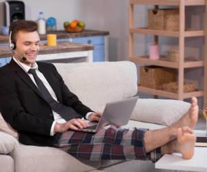 Arbeiten im Pyjama schadet der Produktivität nicht