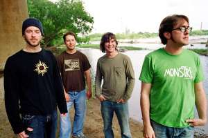 book or hire bluegrass musicians Yonder Mountain String Band